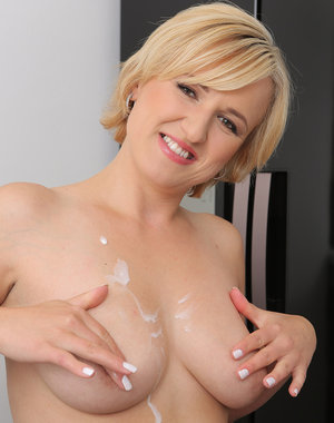 30 year old blonde Lu Berry enjoys dumping icing over her naked body