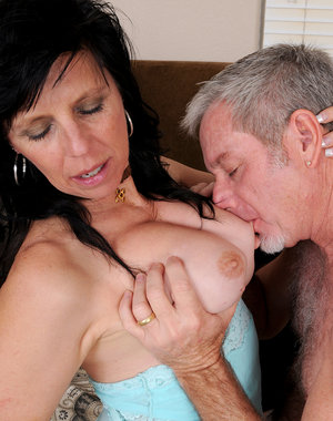 Horny old 58 year old Raven Flight getting her mature pussy fucked