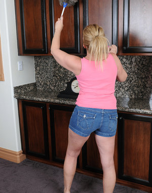 Horny 53 year old housewife Summer Sands doing naughty housework