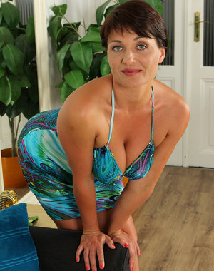 Curvy and tight 38 year old Belle P looking too hot in her blue dress